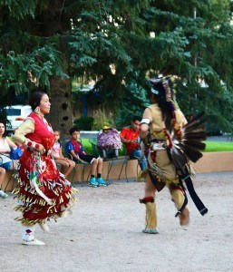 Native Am. dancers
